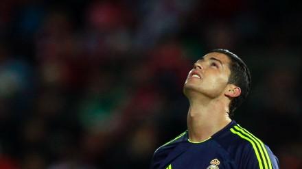 Cristiano Ronaldo marcou o primeiro gol contra de sua carreira.