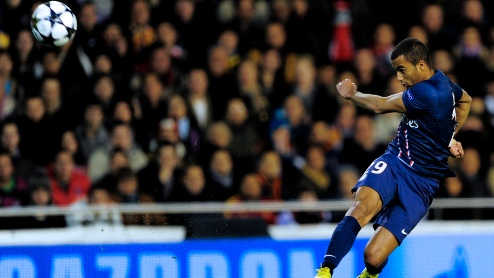 Lucas Moura, em sua estreia na Liga dos Campeões, um dos destaques do PSG (AFP/Getty Images)