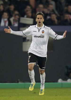Jonas marcou o gol do Valencia (marca.com)